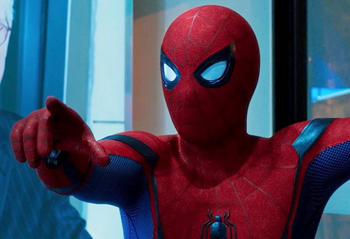 Фильм Человек паук: Возвращение домой экранка